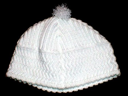 Handmade white Kippa with pom pom - size 84