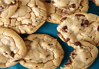 Chocolate Chip Cookies (Gluten-Free Option)