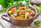 תבשיל כרעי עוף וירקות