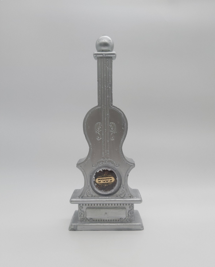 Violin-Shaped Havdalah Candle with Spices