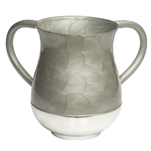 Handwashing Cup Made of Silver-Colored Aluminum