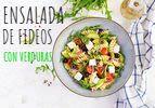 Ensalada de pasta con verduras frescas y cocidas